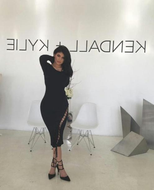 Kylie-jenner Dress Black Dress Lace Bodycon Dress Midi Dress Kylie Jenner Pumps Black Shoes cover image