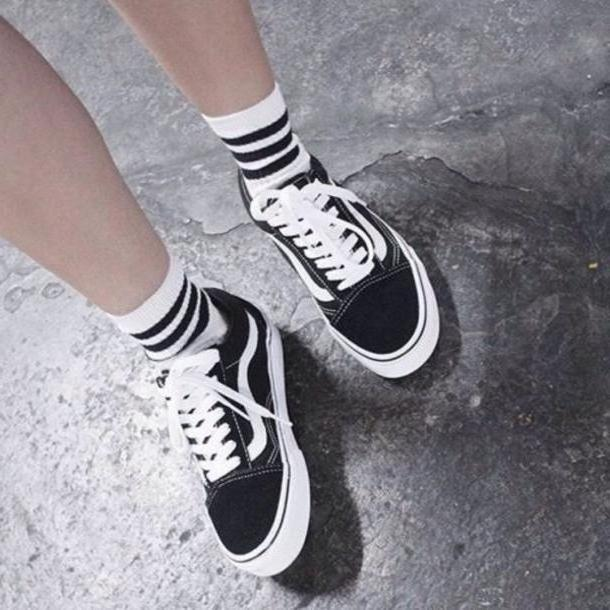 Stripes Shoes Black Shoes Vans Crew Socks   S Style Tumblr Black White Black White Skateboard Socks Stripes Old School cover image