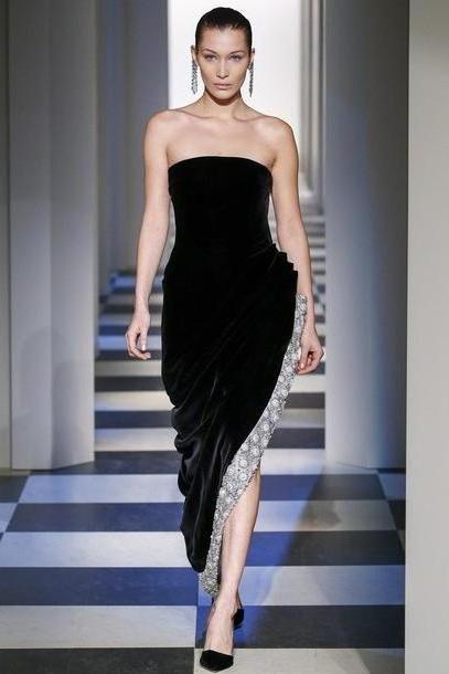 Bella-hadid Dress Black Dress Oscar La Renta Runway Strapless Dress Strapless Gown Prom Dress Bella Hadid Ny Fashion Week      Fashion Week      Asymmetrical Dress Asymmetrical Nyfw cover image