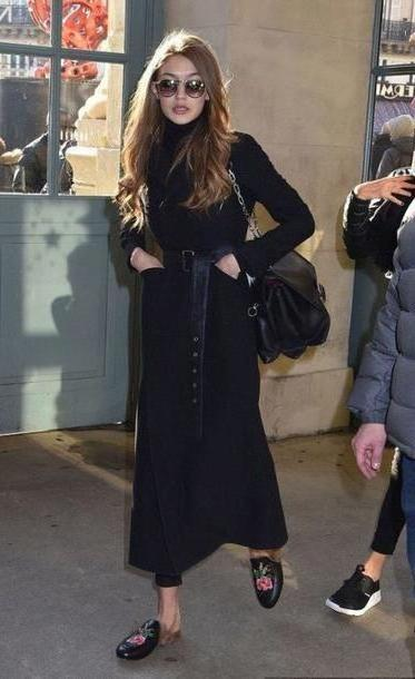 Gigi-hadid Shoes Black Shoes Mules Coat Gigi Hadid Streetstyle Model Duty cover image