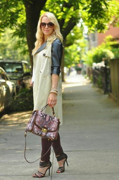 Coat Beige Brooklyn Blonde Bag Coat T Shirt Jeans Shoes Jewels cover image