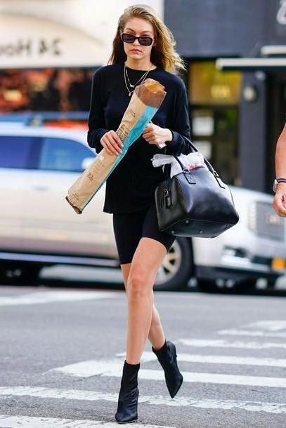 Gigi-hadid Shoes Black Shoes Gigi Hadid Streetstyle Model Duty Ankle Boots Black  Shorts cover image