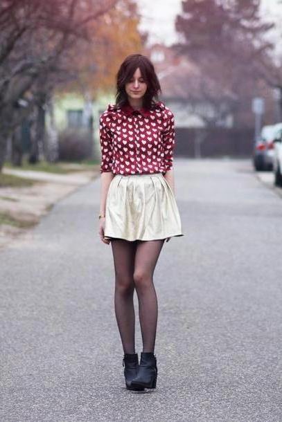 Skirt Beige Mes Memos Shirt Skirt Shoes cover image