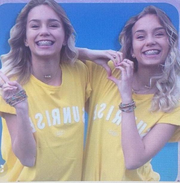 Lisa-and-lena Neutrals T Shirt Yellow White T Shirt Jaune Blanc Leli Lisa Lena cover image