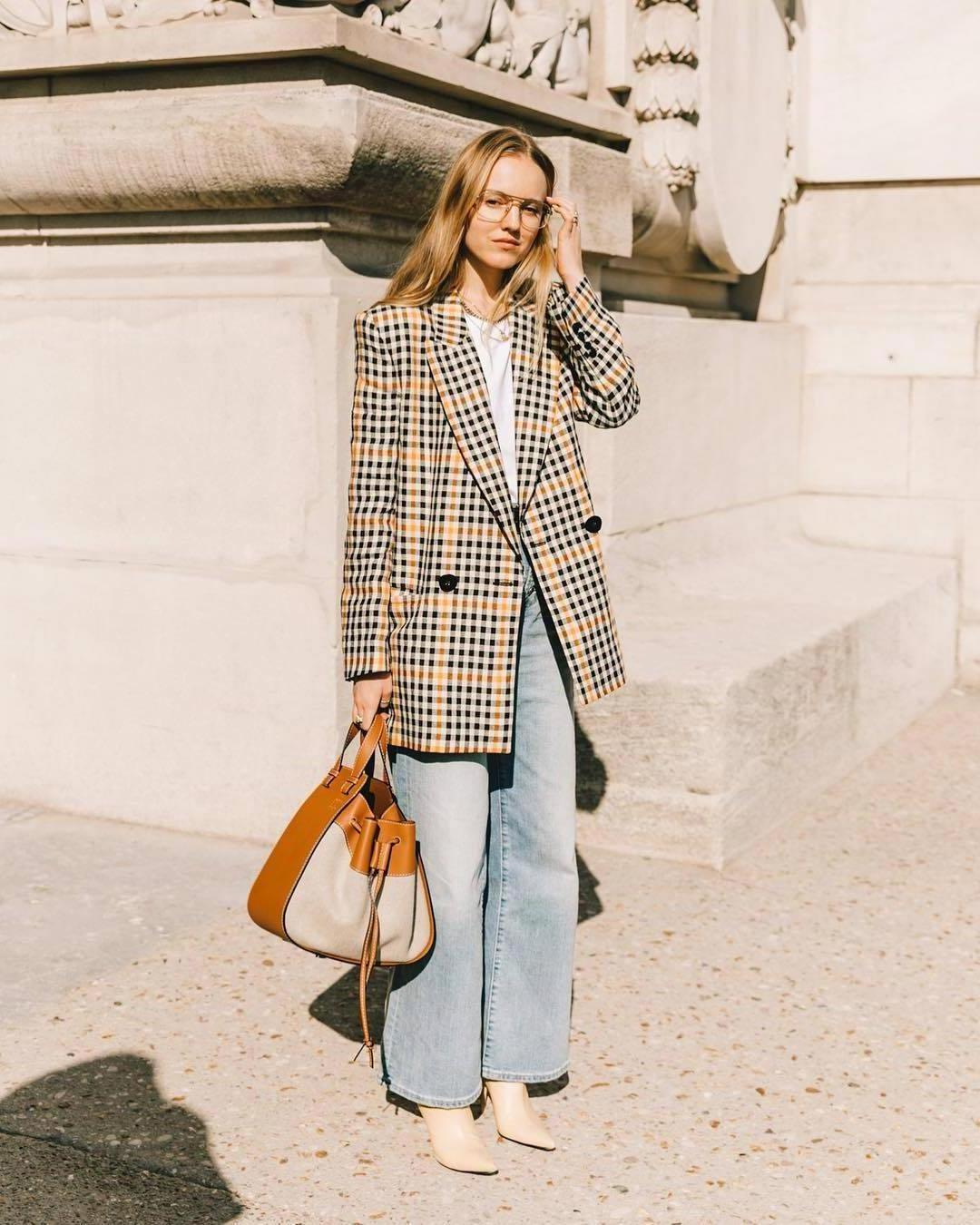 Jeans Denim Jeans High Waisted Jeans Wide Leg Pants Ankle Boots Heel Boots Handbag Plaid Coat Double Breasted White T Shirt Loewe Bag Straight Jeans White Sweater cover image