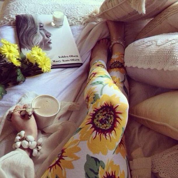 a11bc0619c91c5 Pants Beige Pants Print Leggings Floral Yellow White Leggings Sunflower  Tumblr Bright cover image