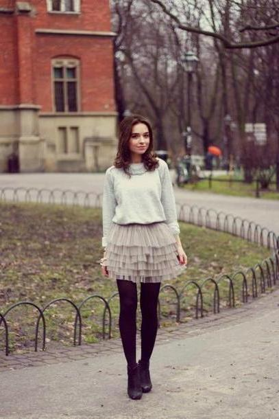 Skirt Beige Raspberry Red Sweater T Shirt Skirt Shoes cover image