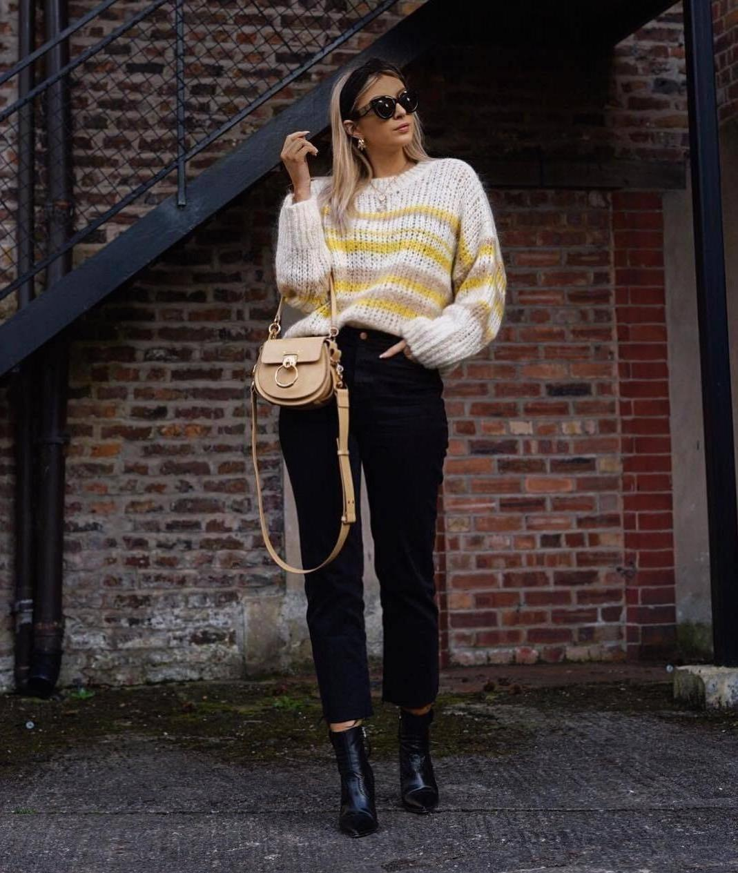 Sweater Stripes Sweater Striped Sweater Ankle Boots Black Boots Black Jeans Straight Jeans High Waisted Jeans Bag cover image