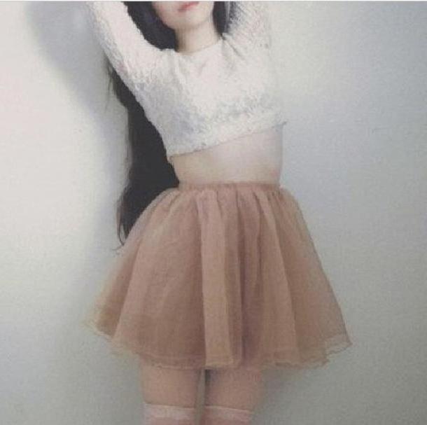 Skirt Beige Shirt Biege Color Crop Tops Crop Tops Long Slevees Skirt Flowy Highwaisted Pleated Skirt cover image