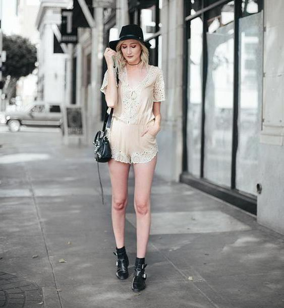 Romper Beige Carly Cristman Blogger Romper Shoes Hat cover image