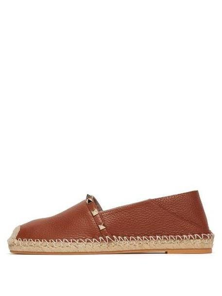 Valentino - Rockstud Collapsible Heel Leather Espadrille Flats - Womens - Dark Tan cover image