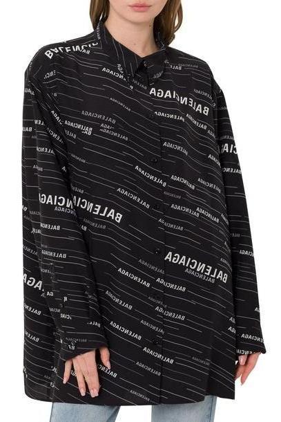 Balenciaga Oversized Shirt With Allover Logo in nero / bianco cover image
